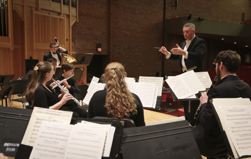 Dr. Craig Paré Conducts the DePauw University Band